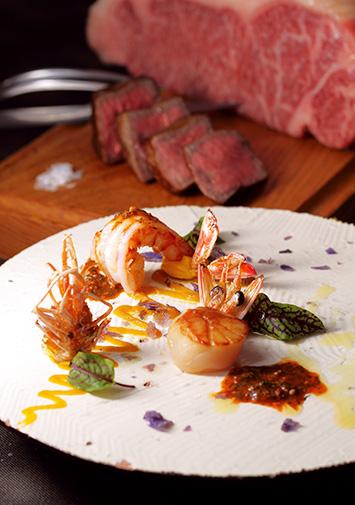 ステーキ & Oriental 魚介 ディナー