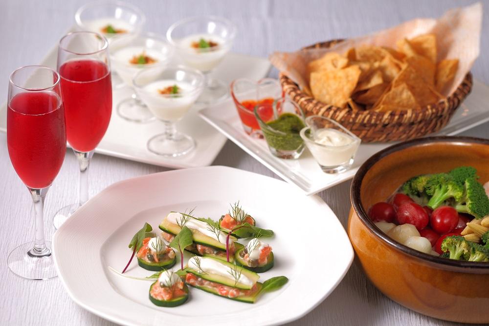 テラスレストラン「サンタモニカの風」 バレンタイン 1ドリンク付きペアブッフェ